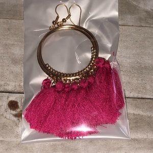 🖤3 for $15🖤 Pink + goldtone tassel earrings